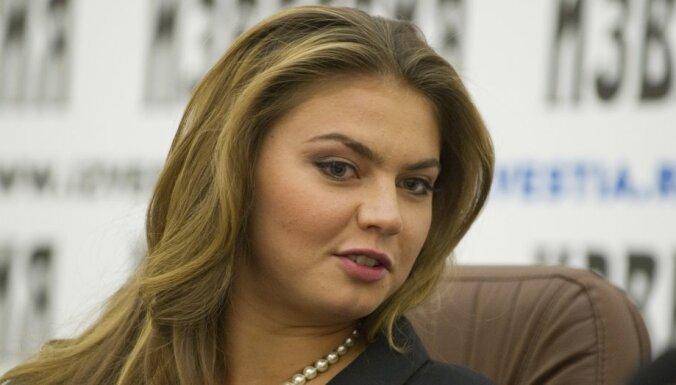 На российском ТВ отказались от шоу с Алиной Кабаевой из-за санкций Запада