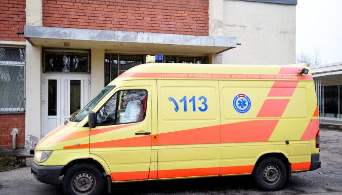 "У сотрудника рижской ""неотложки"" диагностирован Covid-19"