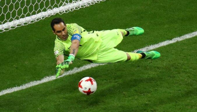 Браво отразил три пенальти — чилийцы выбили Португалию в полуфинале КК
