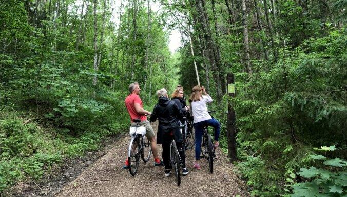 Aktīvām brīvdienām: interesanti velomaršruti, ko vērts izmēģināt