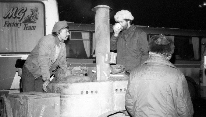 #Ziņas 1991: Rīgas sargiem pārtikas netrūkst; Irākā padomju ieroči