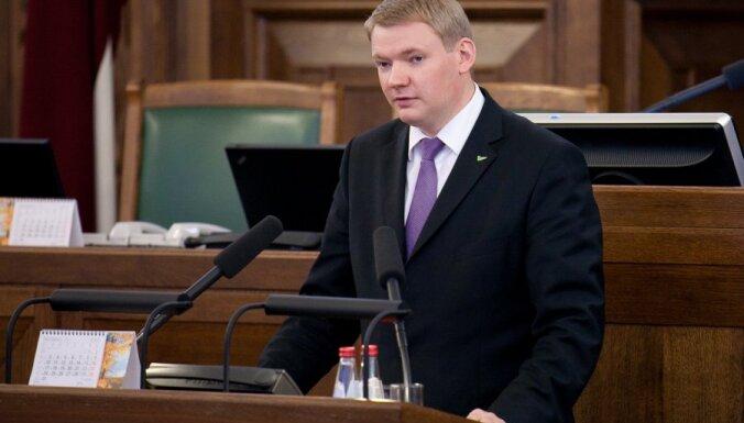 Smiltēns nobalsojis pats par sava deputāta mandāta apstiprināšanu, konstatē Saeimas prezidijs