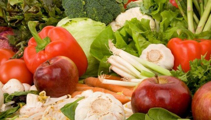 Varavīksnes efekts jeb kāpēc bērniem jāēd dažādu krāsu dārzeņi un augļi