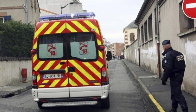Под Тулузой автомобиль въехал в толпу пешеходов: трое пострадавших