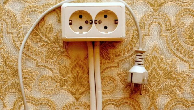 Daugavpilī 2400 'Sadales tīkla' klientiem atjaunota elektroapgāde