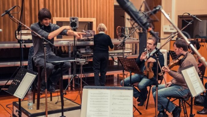 Vestards Šimkus un LNSO ieraksta mūziku filmai 'Ausma'