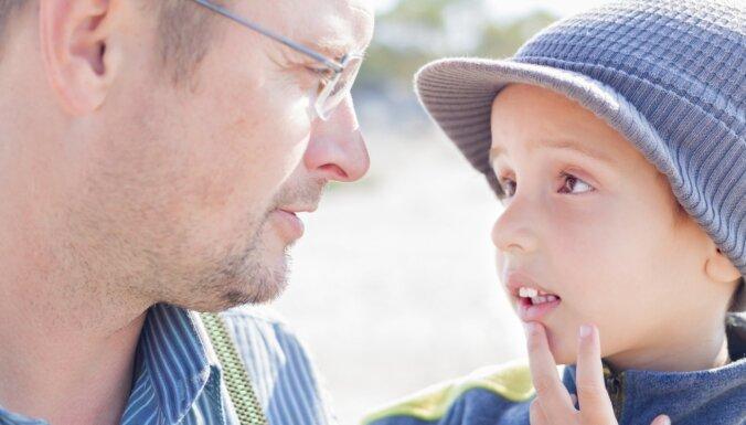 Mammai zem vēdera ūsas un tētim lielāks... Atbildes uz intīmākajiem bērnu jautājumiem