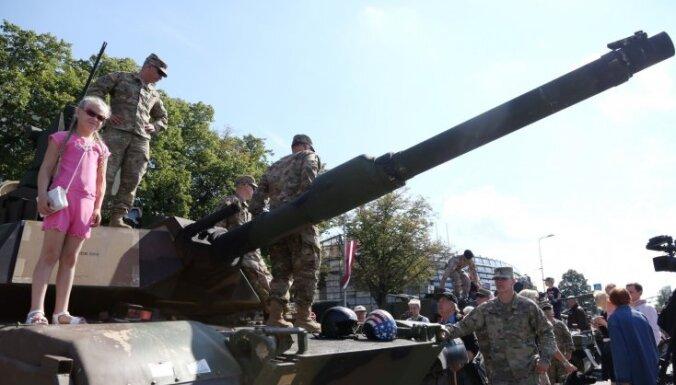 Армия будет решать, что делать с подаренными Чехией танками 49-летней давности