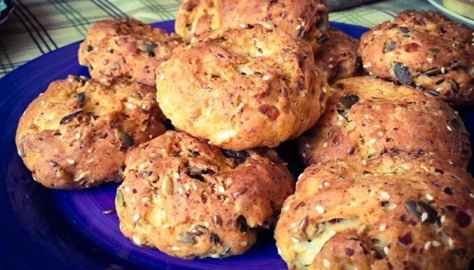 Sēkliņu maize brokastīm