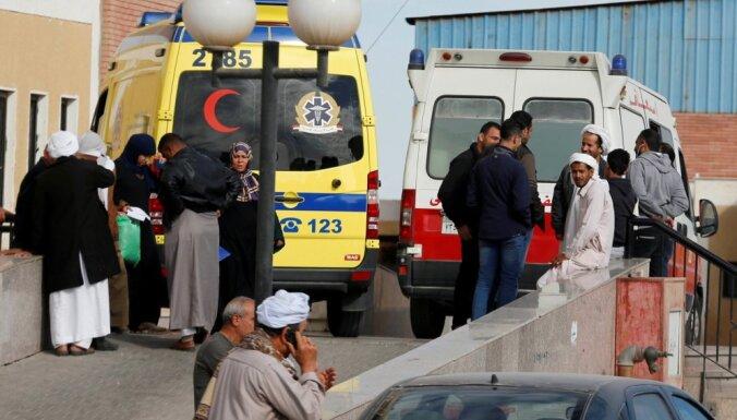 Ēģiptē atstādina skolas direktoru par uzbrukuma Sīnāja mošejai imitāciju