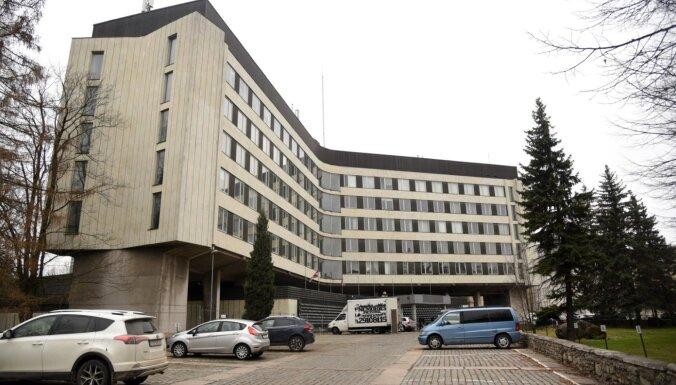 Bijusī Centrālkomitejas ēka ir vērtīga un saglabājama; atzinums nav ticis publicēts pusgadu