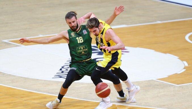 Astoņi punkti 20 sekundēs – vienreizēja atgūšanās Turcijas basketbola līgā