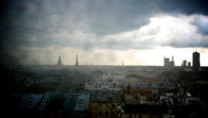 Naktī pērkona negaiss bijis Latgalē, no rīta - daudzviet Latvijā