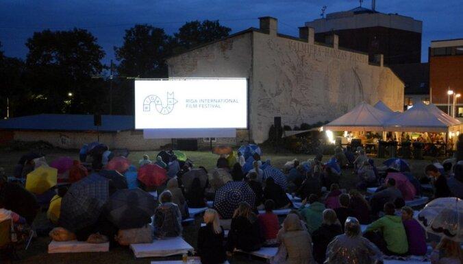 Valmieras vasaras teātra festivālā darbosies brīvdabas kinoteātris bērniem