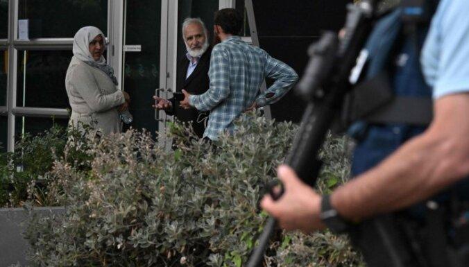 Apšaudes Jaunzēlandē: Premjere sola padarīt stingrākus ieroču likumus