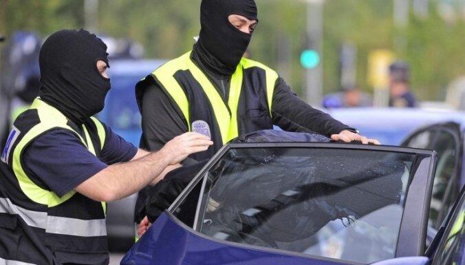 На Тенерифе задержан гражданин Латвии, разыскиваемый за преступления, нанесшие ущерб 1,3 млн. евро