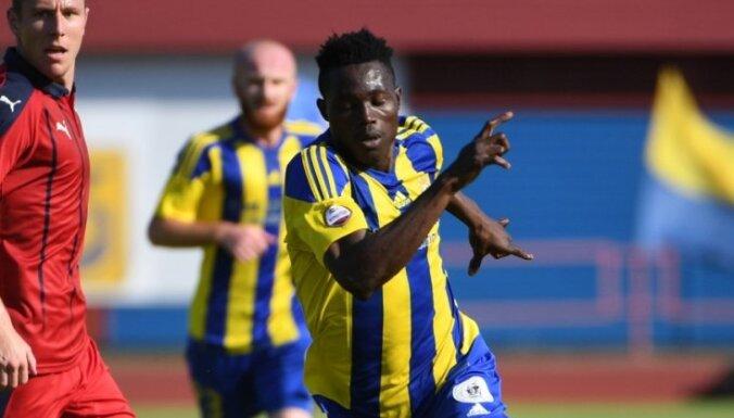Valsts policijai izdevies sazināties ar pazudušo FK 'Ventspils' spēlētāju Akinjemi