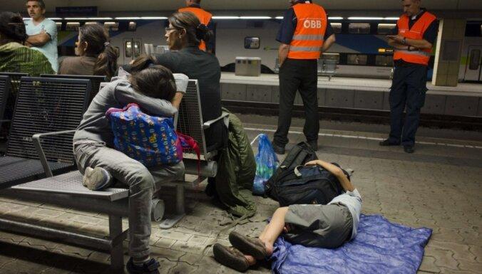 Par nelikumīgu bēgļu pārvadāšanu Ungārijā aizturēts Latvijas nepilsonis