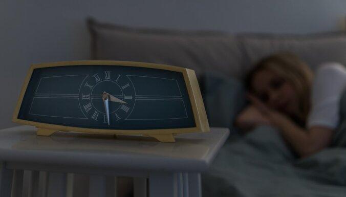 Ieradumi, kas sagatavos ķermeni saldākam miegam