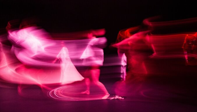 Dažādās vietās Rīgā notiks laikmetīgās dejas bezmaksas izrādes