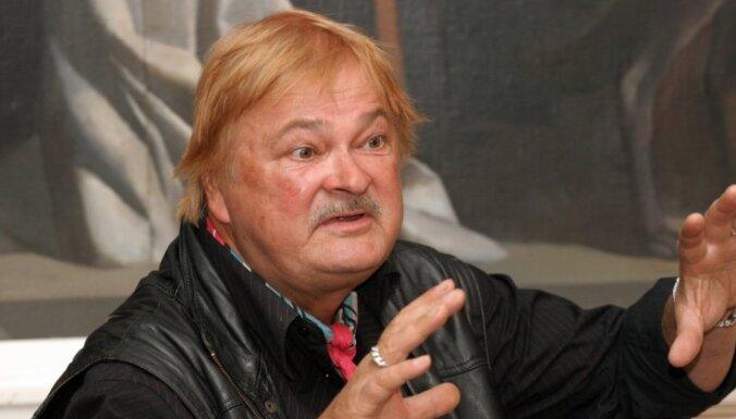 Mūžībā aizgājis flamenko ģitārists Andris Kārkliņš