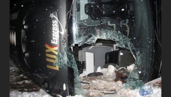 Дело об аварии с участием автобуса Lux Express: будут судить водителя
