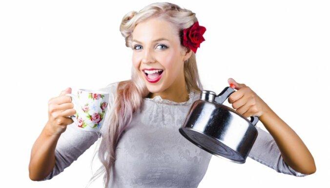 Zobārsta apmeklējumu iespējams aizkavēt ar trīs tējas tasītēm dienā