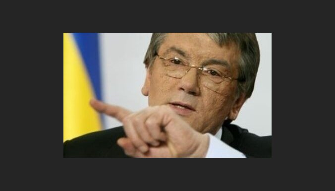 Ющенко осудил Тимошенко и указал ошибку Януковича
