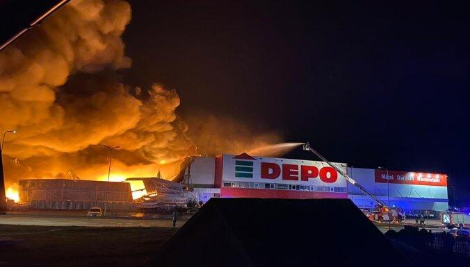 Foto un video: Rēzeknē lokalizēts ugunsgrēks veikalā 'Depo' (plkst.15.02)