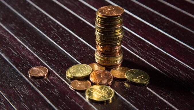 Kopējais uzturlīdzekļu nemaksātāju parāds valstij pārsniedz 320 miljonus eiro