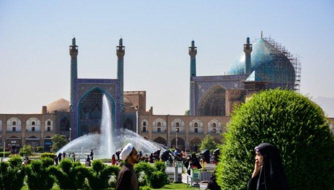 Cita pasaule - citi tikumi! Trīs latviešu ceļotāju pārsteidzošie piedzīvojumi musulmaņu valstī Irānā