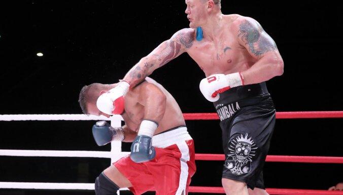 Foto: Kambala un Džavadovs uzvar 'Pafbet 101 Fighting Championship' cīņās