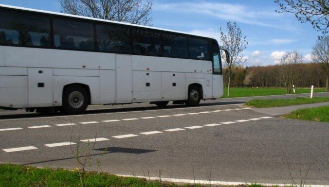 Pirmdien ieviestas izmaiņas vairāk nekā 500 reģionālo autobusu maršrutos