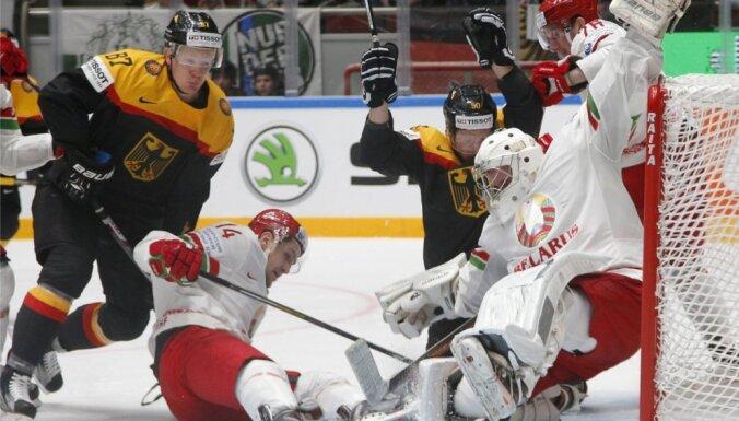 Vācijas hokejisti sagādā baltkrieviem ceturto zaudējumu