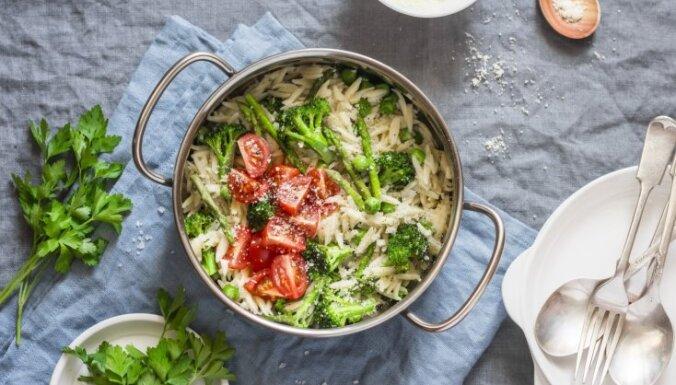 Супер быстрые макароны с сыром и овощами - все в одной кастрюле