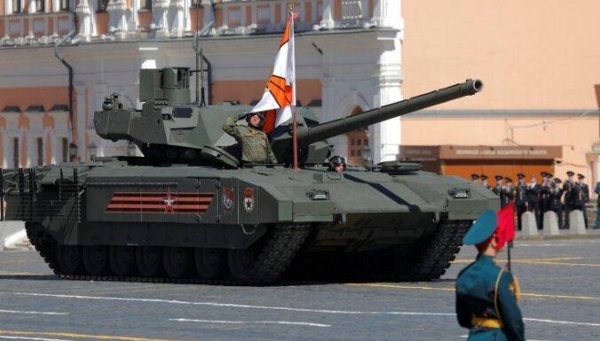 Krievijas armijai modernizē iepriekš utilizācijai nodotu PSRS laiku bruņutehniku