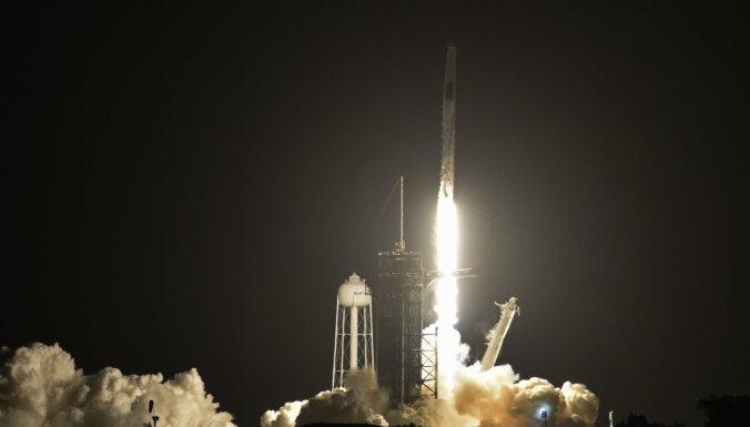 Корабль SpaceX с четырьмя астронавтами на борту стартовал к МКС