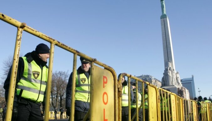 Фоторепортаж: 16 марта в центре Риги (обновлено)