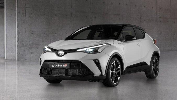 Mazais apvidnieks 'Toyota C-HR' ieguvis sportisko pakotni 'GR Sport'