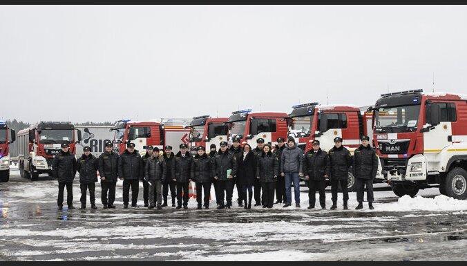 Латвийская пожарно-спасательная служба получила 12 новых автомобилей