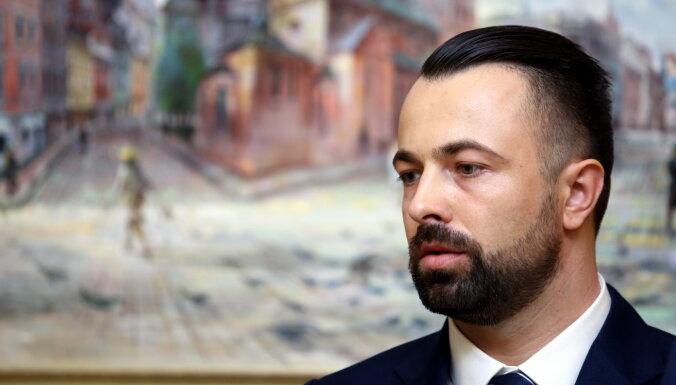 Radzevičs no 'Rīgas namu pārvaldnieka' valdes atcēlis Pāvilsonu