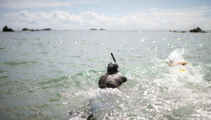 Через Тихий океан за 180 дней: французский активист начал новый грандиозный заплыв