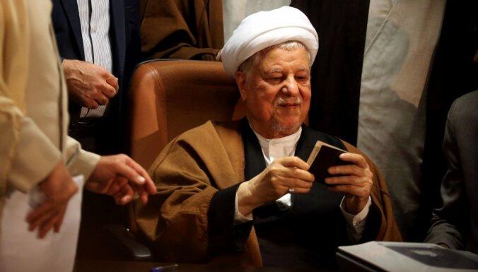 Miris Irānas bijušais prezidents Rafsandžani