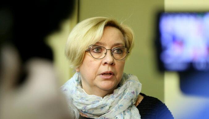 Saeima pieņem Ķezberes atlūgumu decembrī beigt darbu NEPLP