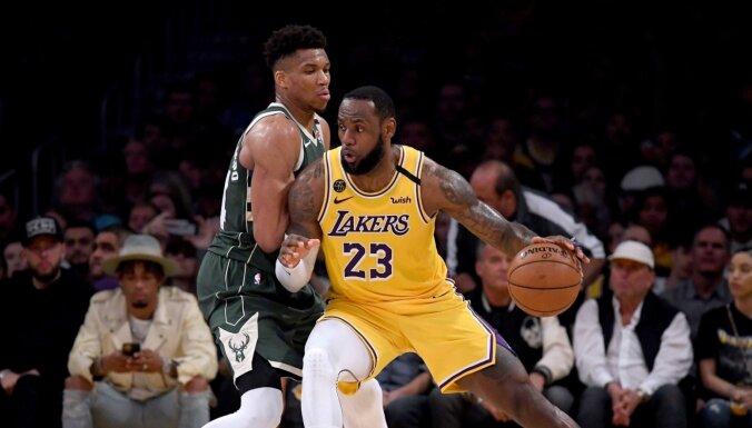 'Lakers' pirmo reizi kopš 2013. gada iekļūst NBA izslēgšanas spēlēs