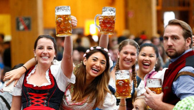 В Германии из-за коронавируса второй раз отменили Октоберфест