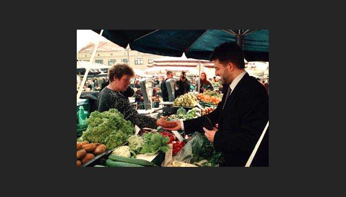 Мэр Риги сходил на рынок