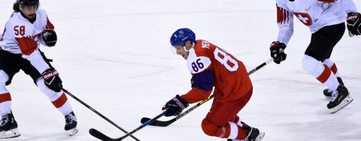 Čehijas hokejisti iekļūst ceturtdaļfinālā, Japāna aizsūta zviedrietes cīnīties ar Koreju par 7. vietu