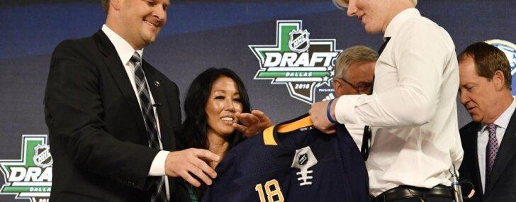 'Sabres' NHL draftā ar pirmo numuru prognozējami izvēlas zviedru aizsargu Dālinu