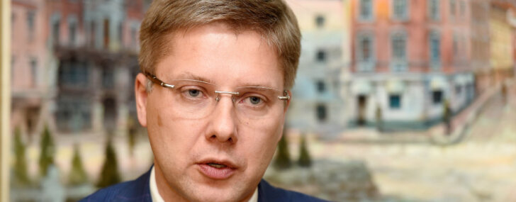 Ушаков пригласил на столетие Латвии мэров 56 городов